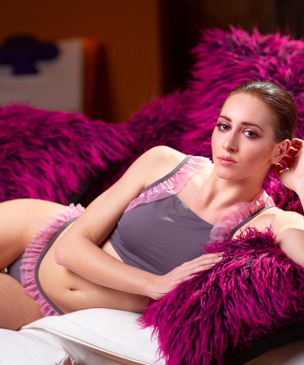 Lookbook ss19 Kinda 3D Swimwear - boho swimsuit two piece bikini with flowers costume rosa grigio tortora calzedonia tezenis