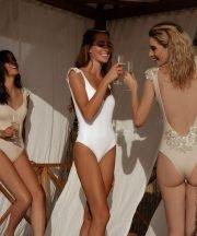 Bachelorette party swimsuits costume da bagno intero sposa kinda swimwear