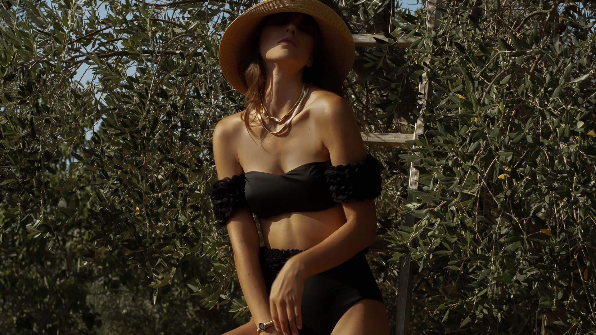 Diva Black Bandeau Bikini