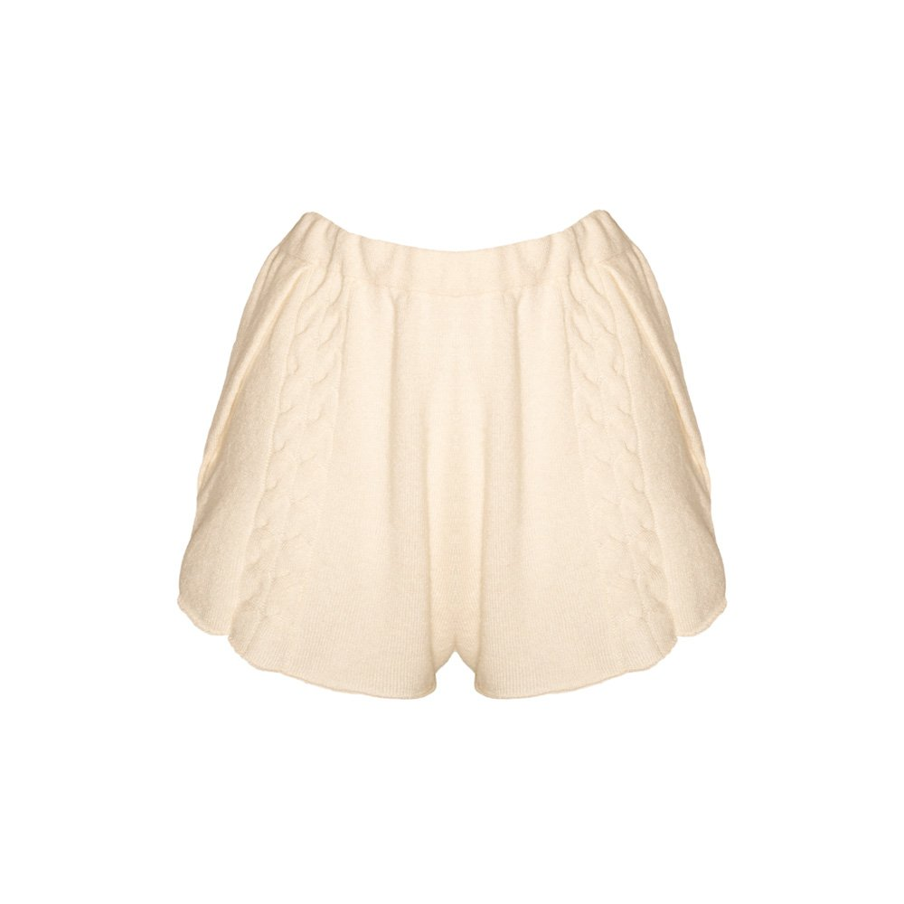 Kinda knitted cashmere shorts almond_front