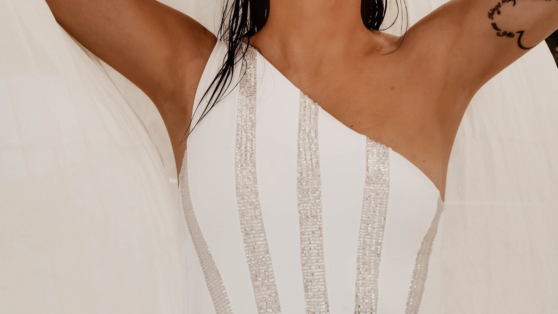 Poison white one-shoulder swimsuit